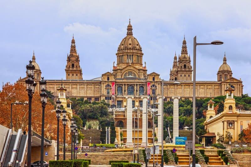 巴塞罗那,卡塔龙尼亚MNAC,西班牙的国家博物馆 Placa De 免版税库存照片