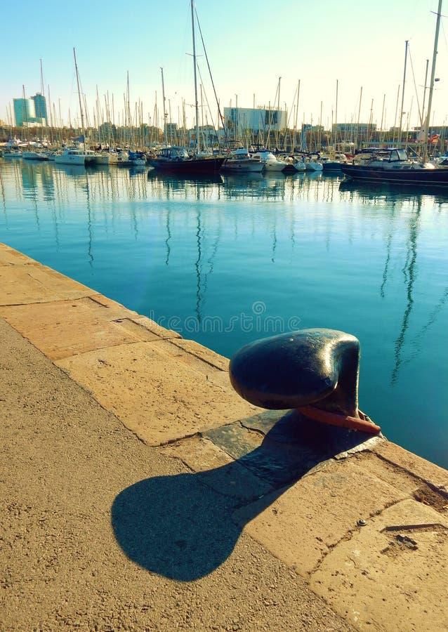巴塞罗那,西班牙小游艇船坞  库存照片