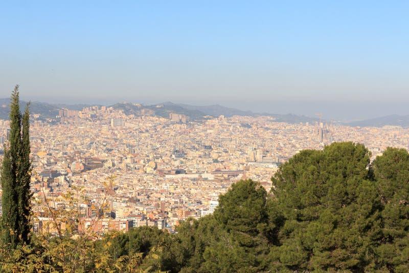 巴塞罗那从Montjuic看的都市风景全景,西班牙 免版税库存图片