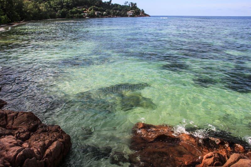 塞舌尔普拉兰岛昂斯市La Blague海滩 库存图片