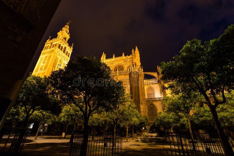 塞维利亚和Girarda大教堂  免版税图库摄影