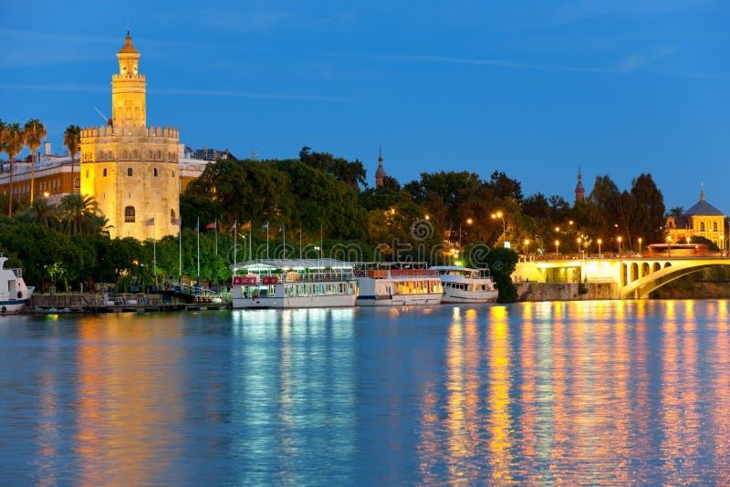 塞维利亚在夏夜里 免版税图库摄影