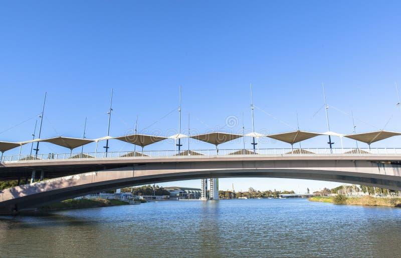 塞维利亚的,西班牙瓜达尔基维尔河河 库存照片