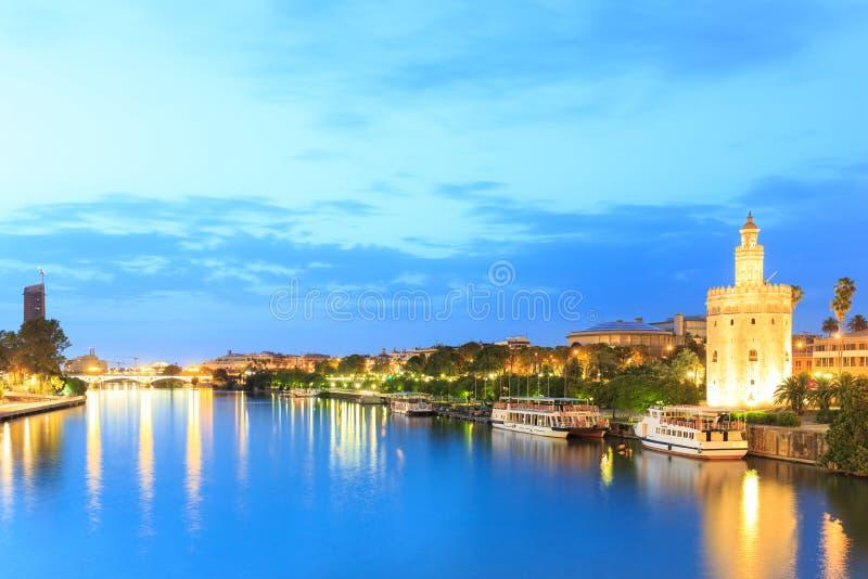 塞维利亚,安大路西亚,西班牙金黄塔看法  免版税图库摄影
