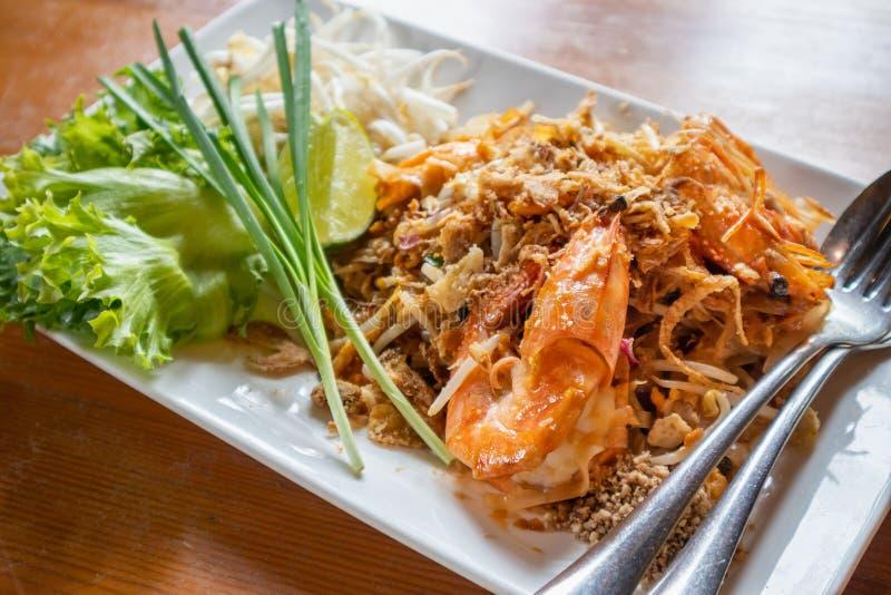填塞泰国,混乱油煎的米线用水大虾 免版税库存图片