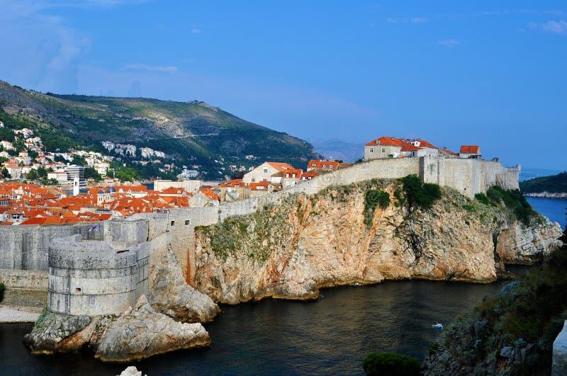 墙壁和城市里面-堡垒Bokar 图库摄影