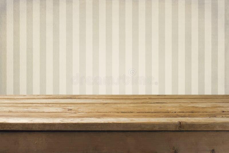 墙壁和木桌面 免版税库存图片