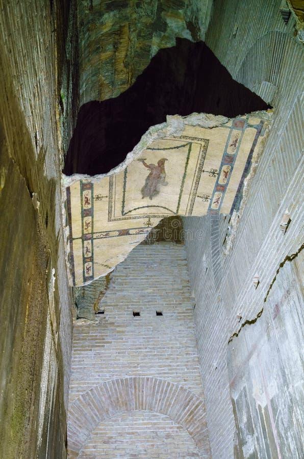 墙壁壁画遗骸在多穆斯Aurea里面的在罗马 图库摄影