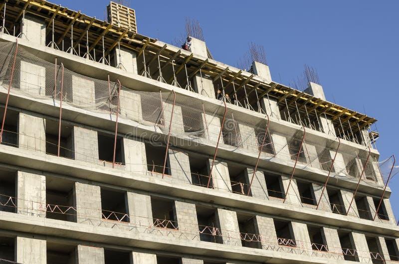 墙壁是被修建的整体混凝土建筑 库存照片