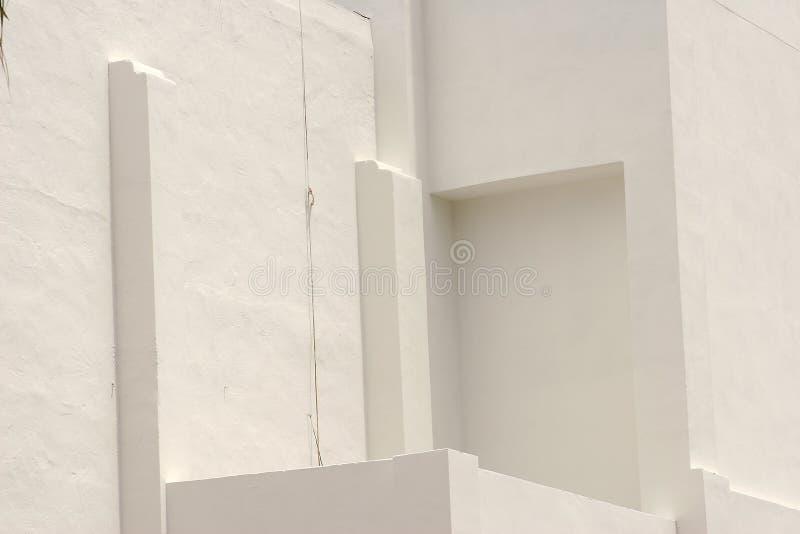Download 墙壁 库存照片. 图片 包括有 空白, 影子, 和平, 形状, 墙壁, 背包, 关闭, 角落, 拱道, 图象 - 175398