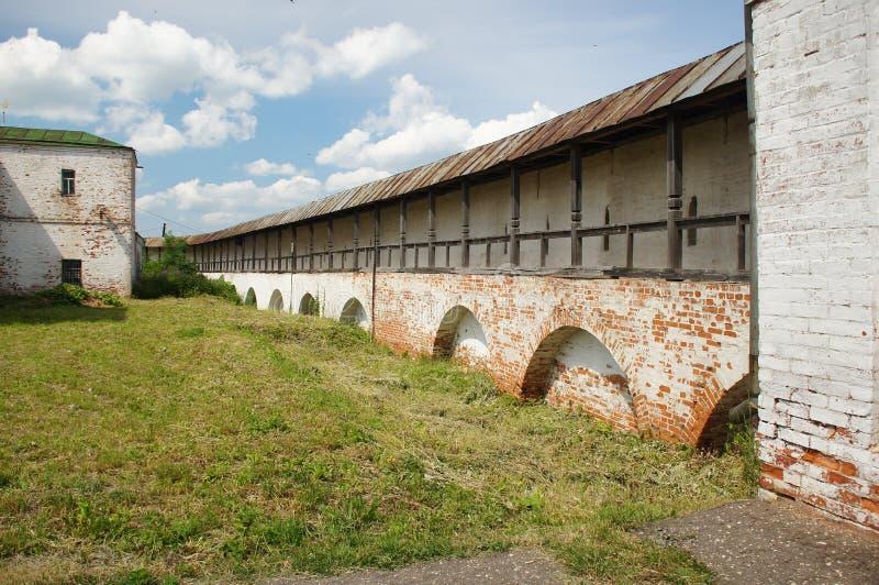 墙壁Goritsky修道院 免版税库存照片