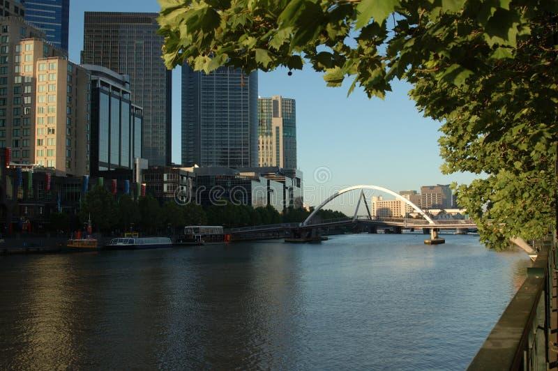 墨尔本河s southbank yarra 免版税图库摄影