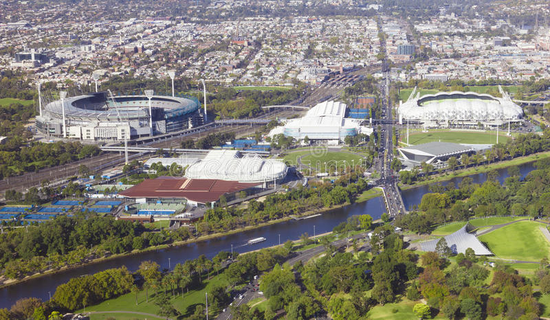 墨尔本的国际水平的体育鸟瞰图和 免版税库存照片