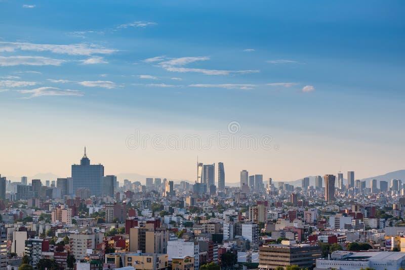 墨西哥城地平线,街市全景 库存图片