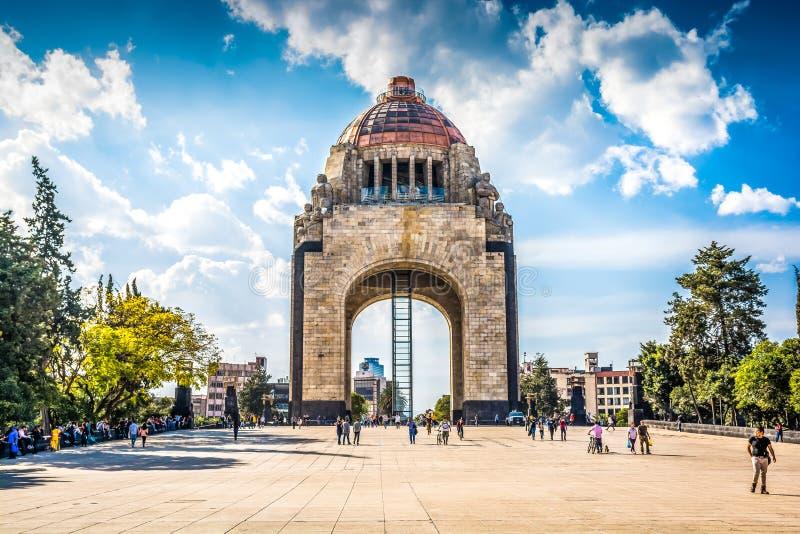 墨西哥城,墨西哥- 2019年1月25日 纪念碑a la Revolucion 库存照片