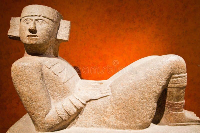 墨西哥城,墨西哥- 2010年11月10日 Chacmool形象在Antropology,国立人类学博物馆国家博物馆  免版税库存图片