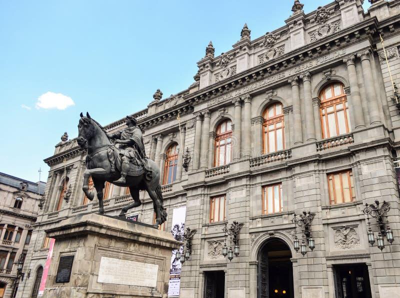 墨西哥外部门面大厦的公民的博物馆 免版税库存图片