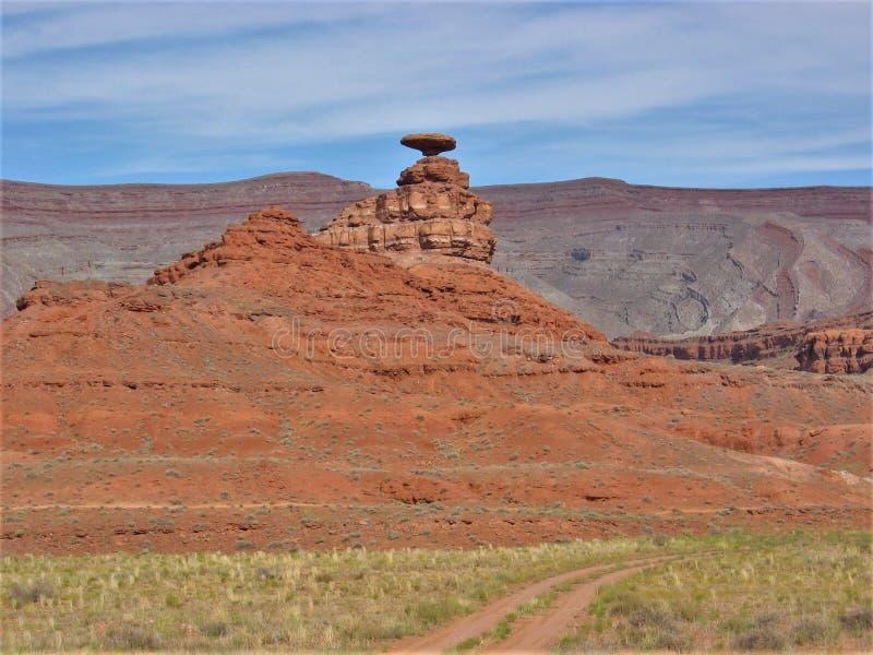 墨西哥帽岩层在犹他 免版税图库摄影