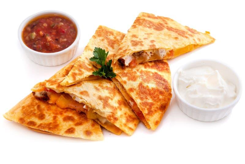 墨西哥油炸玉米粉饼用乳酪,菜 免版税库存照片