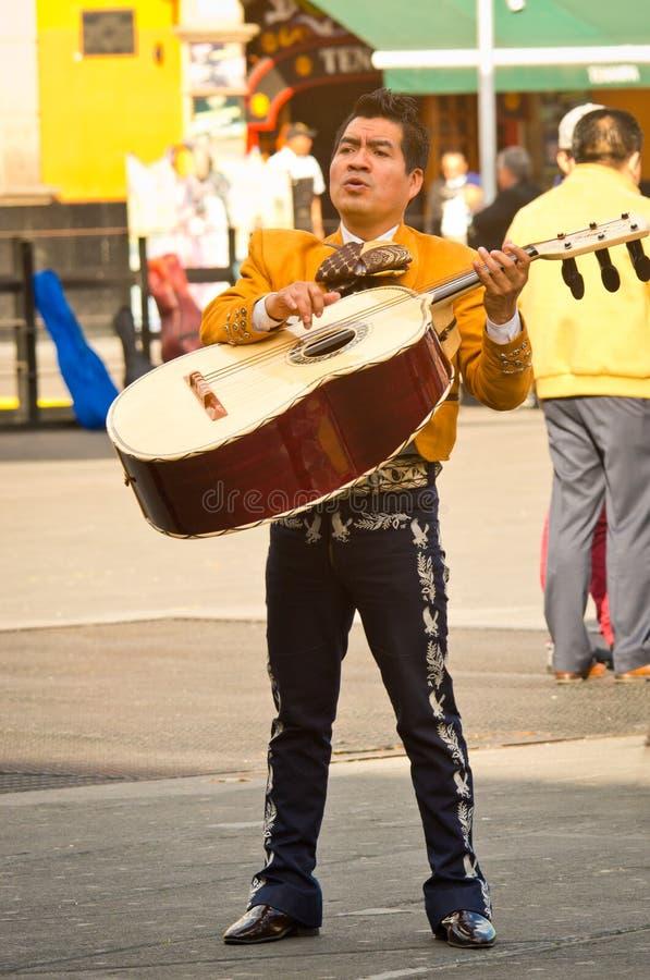 墨西哥流浪乐队结合戏剧墨西哥人音乐 库存图片