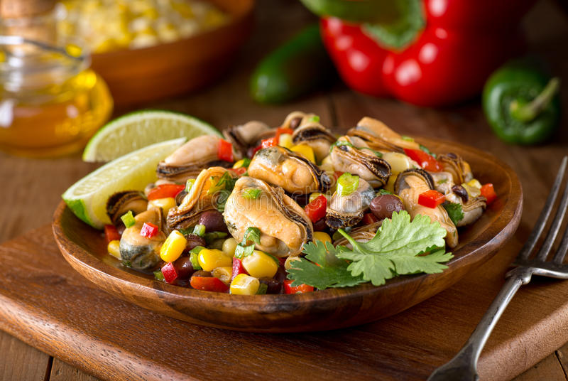 墨西哥淡菜沙拉 免版税库存图片