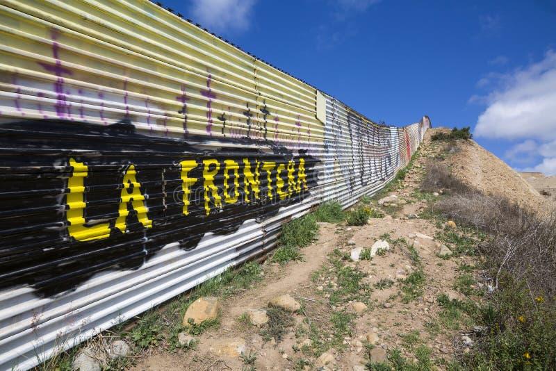 墨西哥-提华纳-羞辱墙壁  免版税库存图片