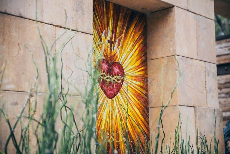 墨西哥- 9月20 :在我们的瓜达卢佩河夫人广场附近大教堂的神圣的心脏图象  库存图片
