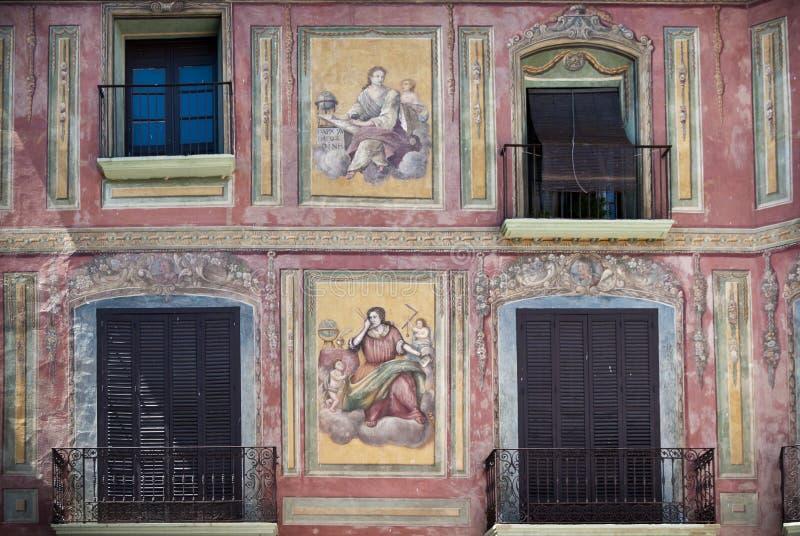 壁画被绘的房子, Graus,西班牙 免版税库存图片