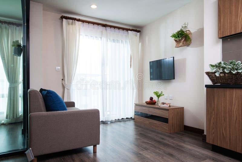 壁角客厅在公寓 免版税库存照片