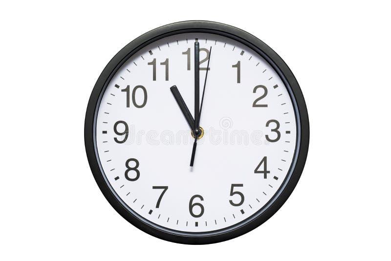 壁钟显示在白色被隔绝的背景的时间11点 圆的壁钟-正面图 十一个o `时钟 免版税图库摄影