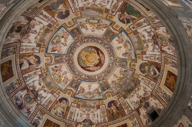 壁画在Farnese宫殿,卡普拉罗拉,意大利 免版税库存照片