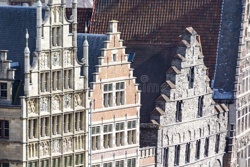 绅士,老镇在比利时 免版税库存图片