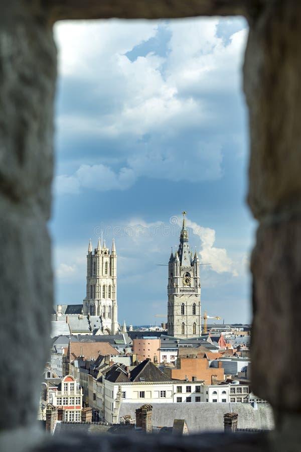 绅士,老镇在比利时 库存照片