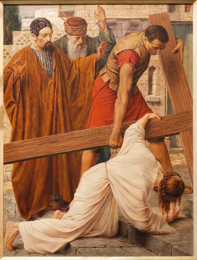 绅士- 6月23日: 在交叉之下的耶稣秋天在圣皮特s教会 免版税库存照片