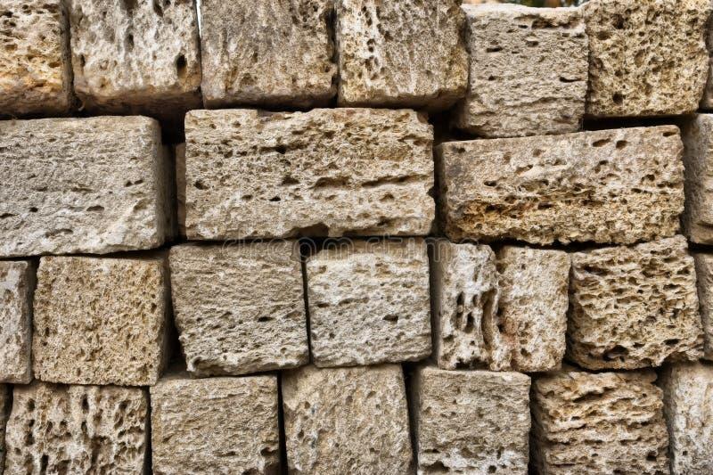 壳石灰石砖墙的片段