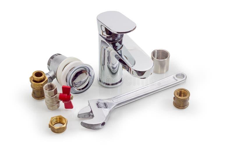 处理明三联式浴缸水嘴,数配管组分和可调整的wre 免版税图库摄影
