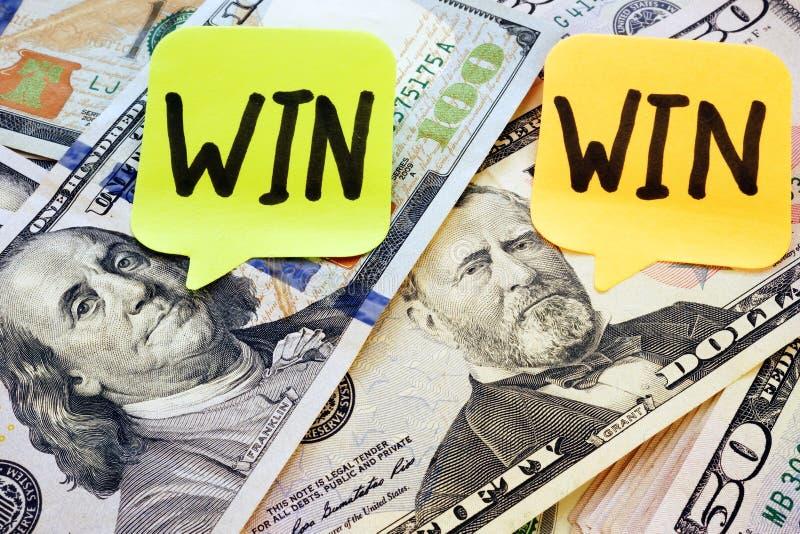 备忘录忠心于双赢的词和美元 免版税图库摄影