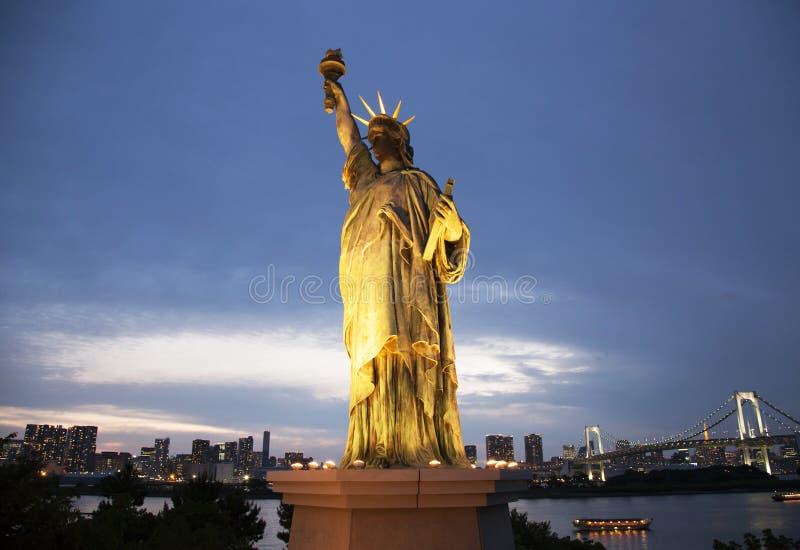复制品自由女神像在东京 免版税图库摄影