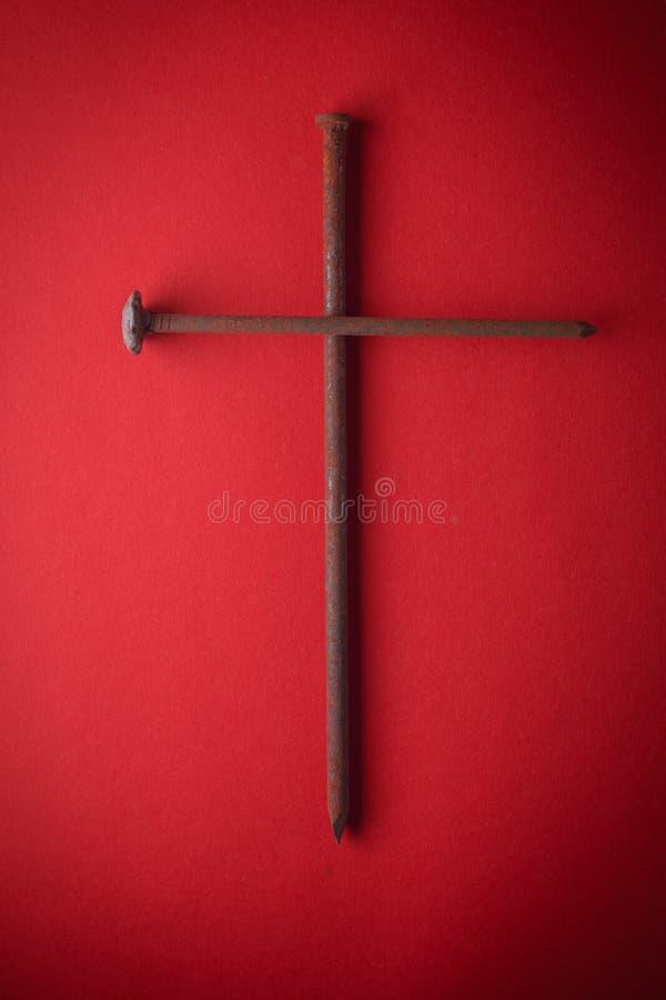 复活节的标志和基督在十字架上钉死  免版税库存照片