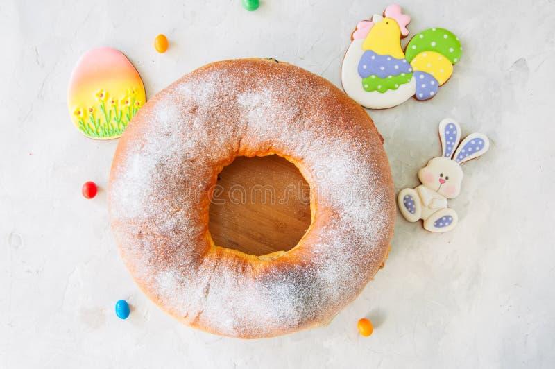 复活节的Reindling -奥地利或德国欢乐烘烤 圆环c 免版税图库摄影