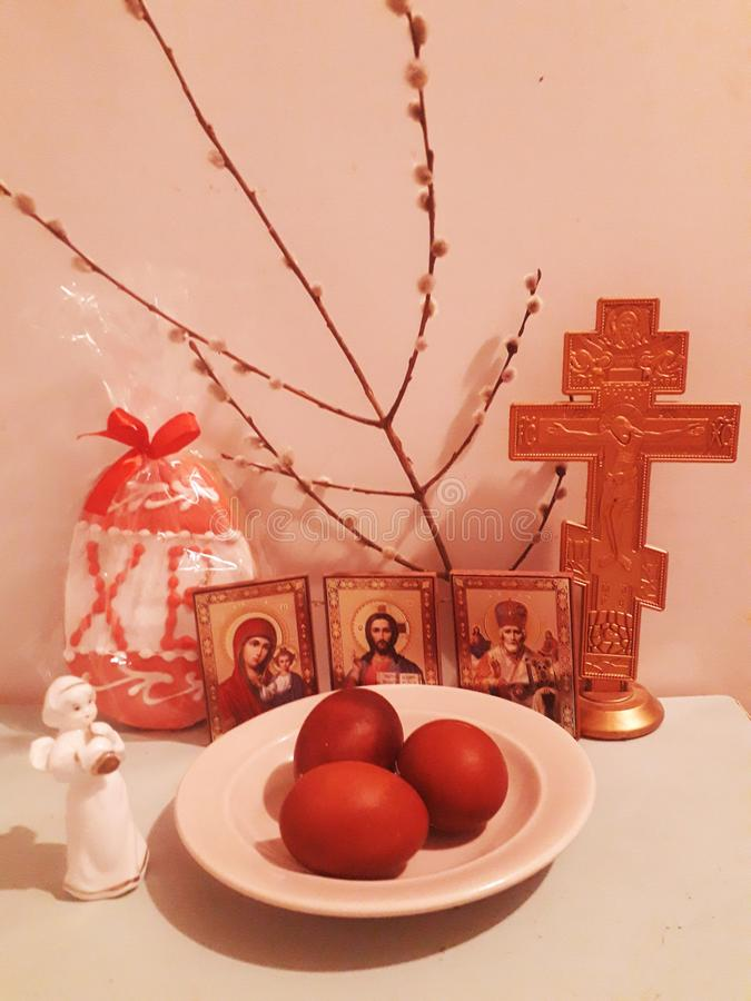 复活节静物画简单的构成,可以是作为背景或墙纸 图库摄影