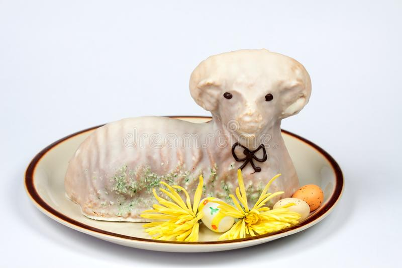 复活节羊羔蛋糕 库存图片