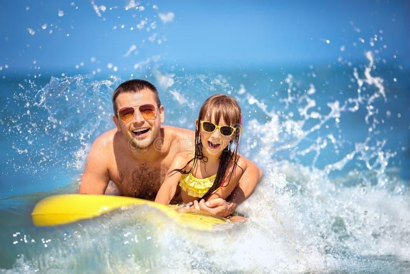 夏天、家庭和假期概念 免版税图库摄影