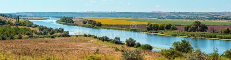 夏天南部的臭虫河,乌克兰 图库摄影