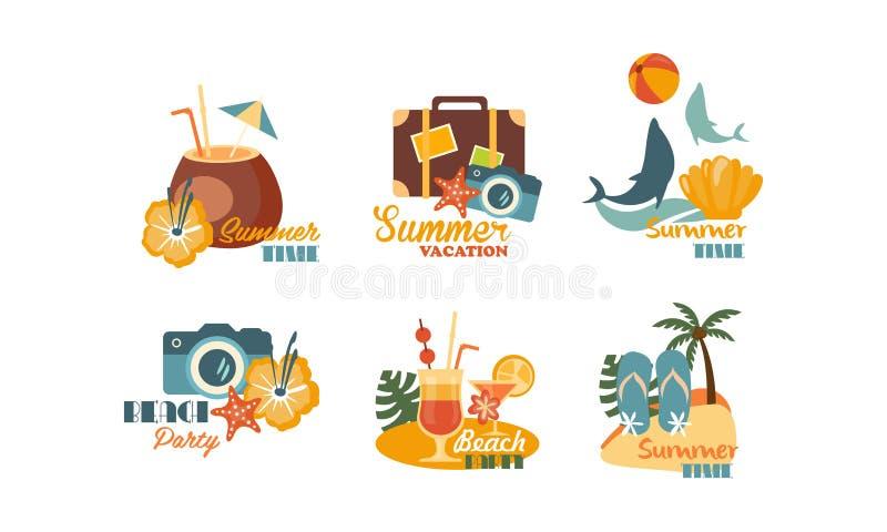 夏天商标的汇集,海滩党,夏时证章在白色背景的传染媒介例证 向量例证