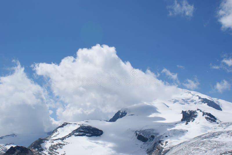 夏天在瑞士阿尔卑斯-杜富尔峰,铸工, Polux,马塔角-高山冰川 免版税图库摄影