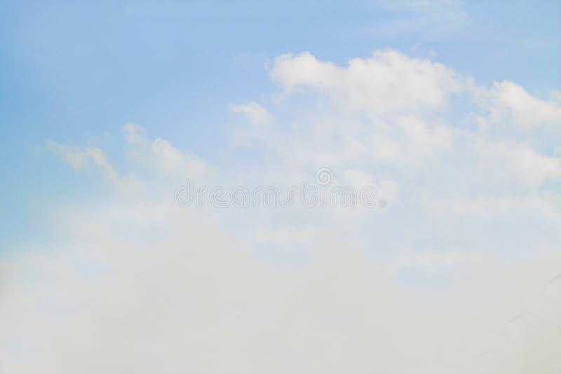 夏天天空背景 免版税库存图片