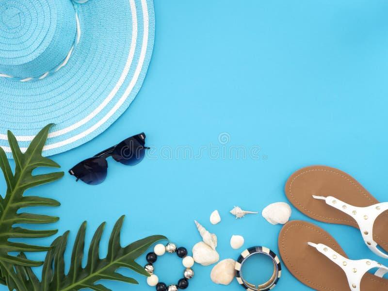夏天旅行想法和海滩对象 免版税库存照片