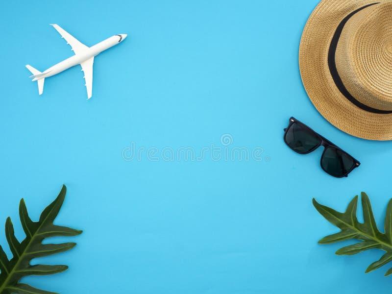 夏天旅行想法和海滩对象 免版税库存图片
