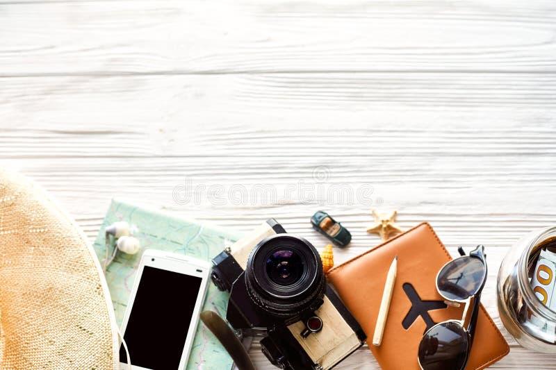 夏天旅行旅行癖概念,文本的,平的位置空间 映射 免版税库存照片